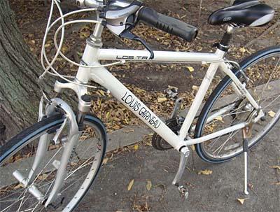 ... 自転車がピッカピカに磨かれて